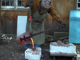 FIRE: James Knowles Pouring Bronze